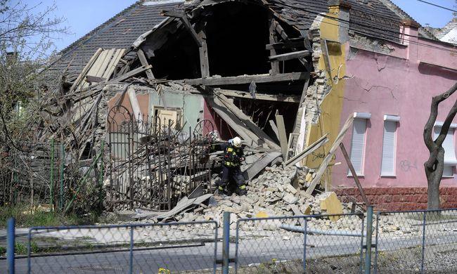 Felrobbant egy társasház: egy ember meghalt, túlélőket keresnek