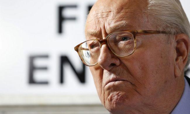 """Elítélték a francia szélsőjobb korábbi vezetőjét: szerinte """"részletkérdések"""" a náci gázkamrák"""