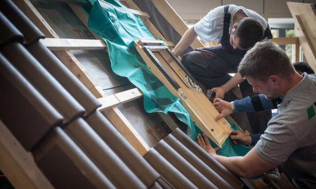 Támogatja az állam a családi házak felújítását