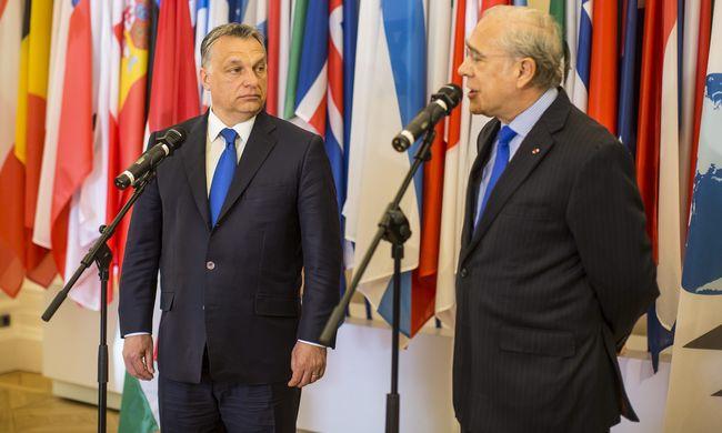 Orbán Párizsban: könnyebben lélegzünk az IMF-EU hitel visszafizetése után