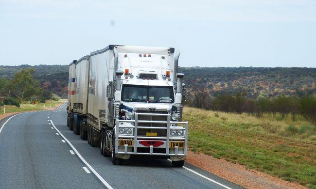 Már kísérleteznek az önvezető kamionokkal