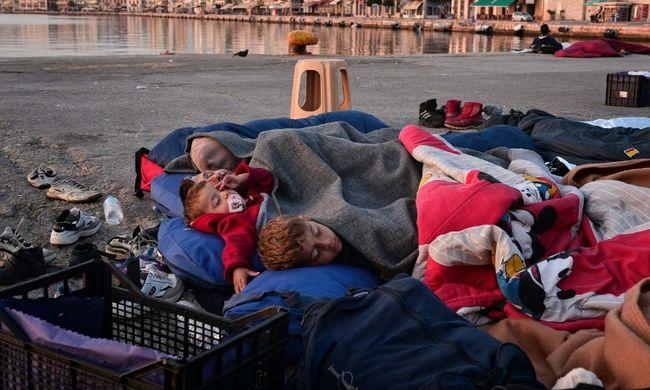 Szakértő: az európai alvilágnak jövedelemforrást jelentenek a migránsok