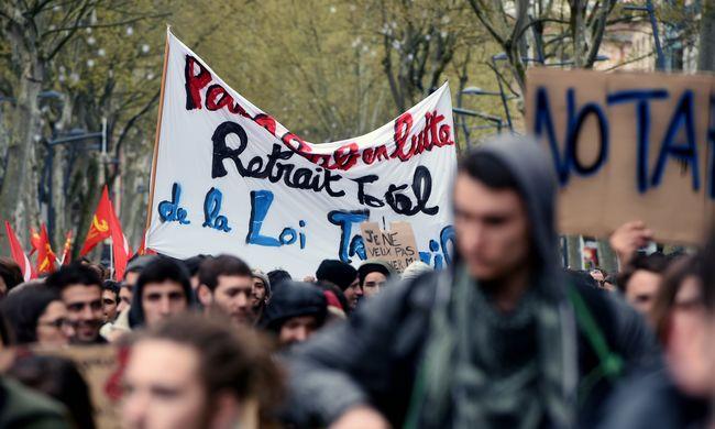 Folytatódik a káosz Franciaországban