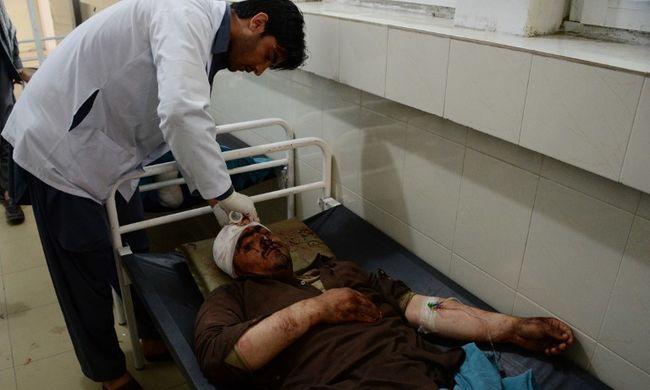 Rengeteg halott: az oktatási minisztérium dolgozóira és újonc katonákra támadtak