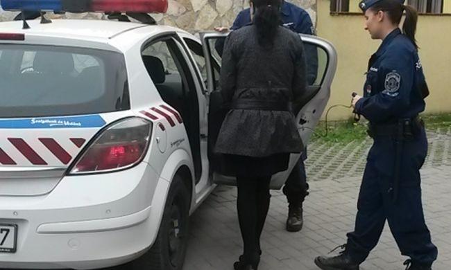 Ez a miniszoknyás nő egy évig zsarolta a férfit és elvette az összes pénzét