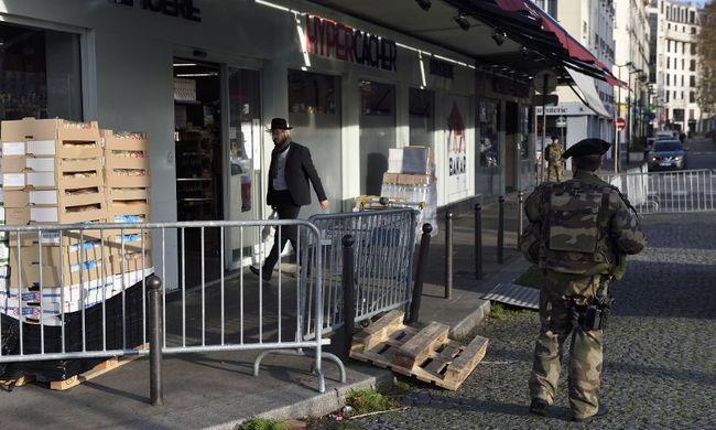 Elfogtak egy férfit, akitől a kóser boltban gyilkoló terrorista vehette a puskáját
