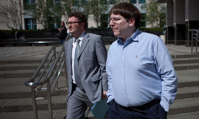 Kétéves börtönbüntetést kapott az Anonymusnak segítő újságíró