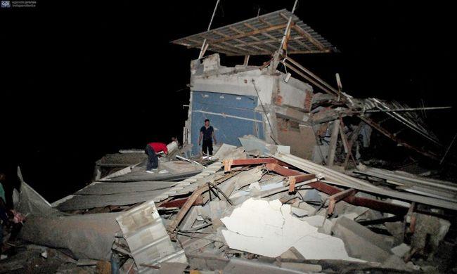 Már 500-nál több halálos áldozata van a földrengésnek