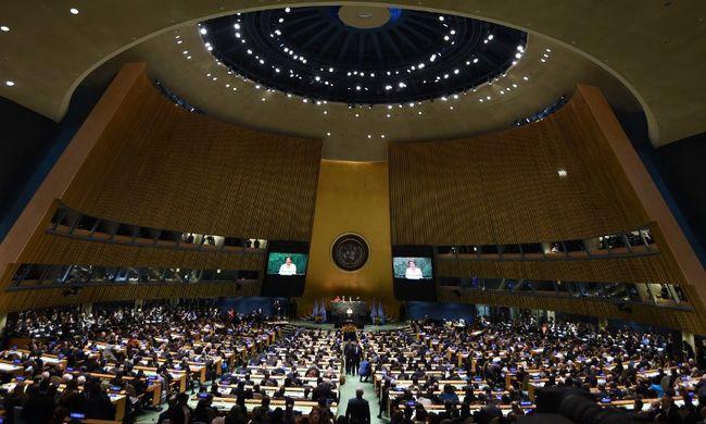 Párizsi klímaegyezmény: Áder János aláírta a megállapodást
