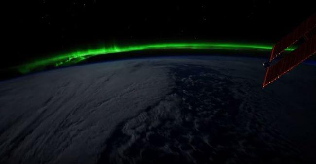 Sarki fény az űrhajósok szemével - videó