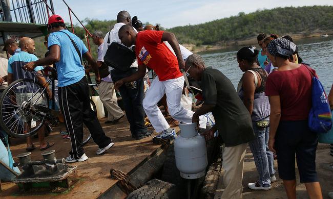 Kuba engedélyezi az emigránsok beutazását hajókon is