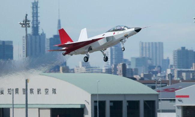 Lopakodó vadászrepülőt tesztelt Japán