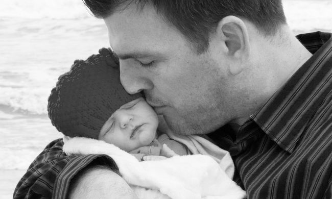 Jó szülő, rossz szülő: az apák leküzdhetetlennek hitt hátránya