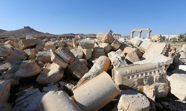 65 katona maradványai vannak egy újabb palmürai tömegsírban
