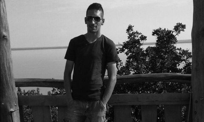 Meccs közben összeesett és meghalt egy magyar focista