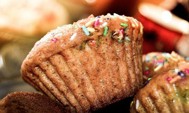 Rovarirtót kevert a süteménybe egy pék, rengetegen meghaltak miatta