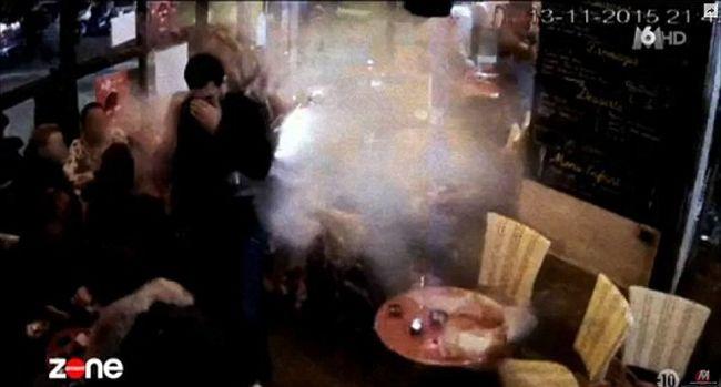 Így robbantotta fel magát a terrorista Párizsban, nyilvánosságra hozták a kamerafelvételeket