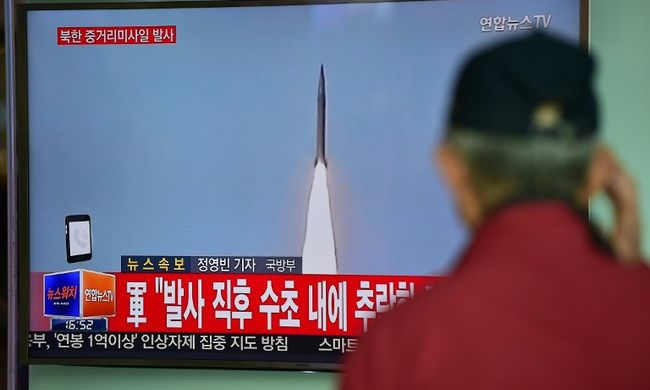 Fokozódik a helyzet a rakétakísérlet miatt: újabb szankciót vezettek be