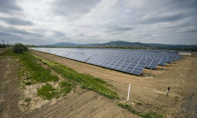 Óriási naperőművet adtak át Pécsen