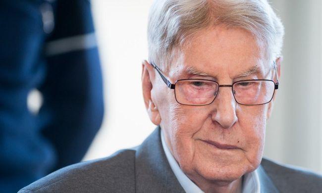 Holokauszt-per: az egykori SS-őr vallomást tett, és bocsánatot kért