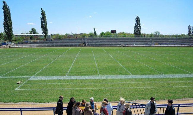 Átadták Magyarország első szabványos amerikaifutball-pályáját Székesfehérváron