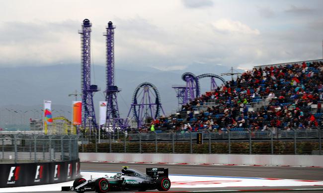 Bajban Hamilton, Rosberg nyerte az Orosz Nagydíj időmérőjét