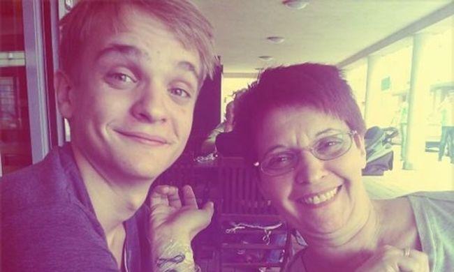 Puskás Peti: szeretem az anyukámat!