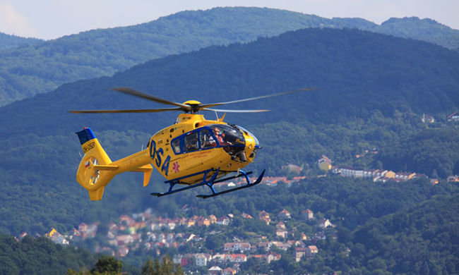 Mentőhelikopter érkezett, de az egyik utast már nem lehetett megmenteni Vas megyében