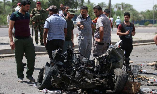 Zarándokokat robbantottak fel, 14 ember meghalt