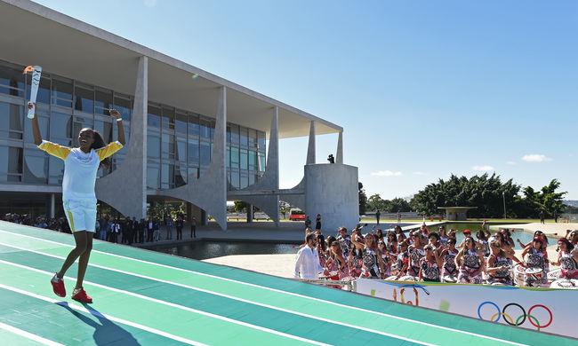 Megkezdte brazíliai útját az olimpiai láng