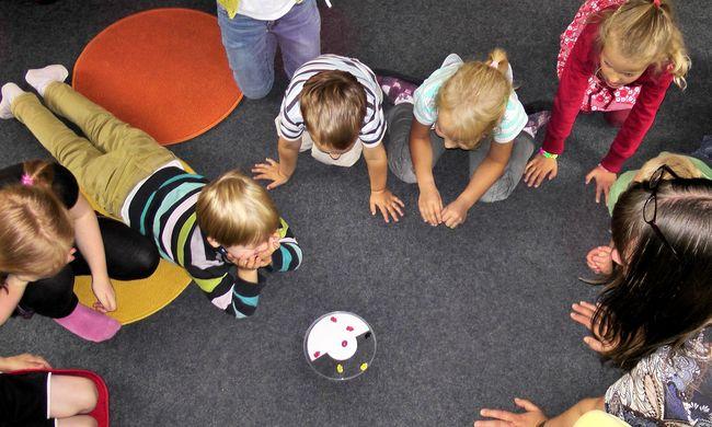 Stresszelnek a szülők: felveszik a gyereket az oviba?