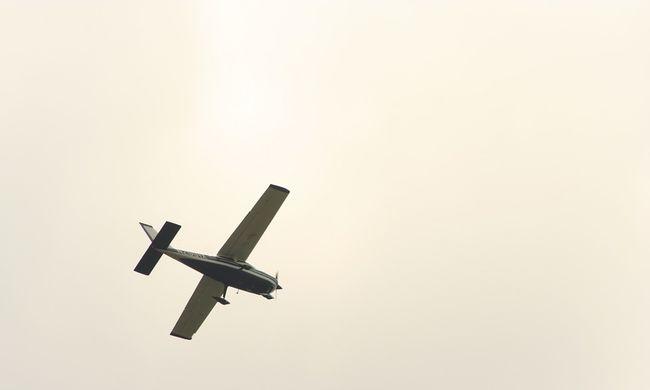 Összeütközött két kisrepülőgép Gödöllő külterületén