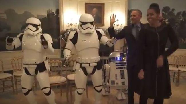 A Star Wars rohamosztagosaival táncolt Obama - videó
