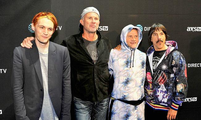 Minden jegy elkelt, de duplázik a Red Hot Chili Peppers Budapesten