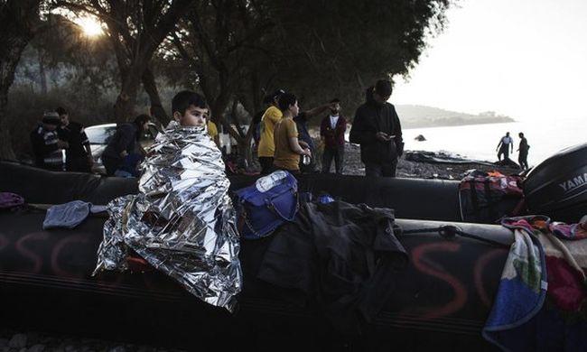 Csütörtök óta tízszer mentettek migránsokat a tengerről