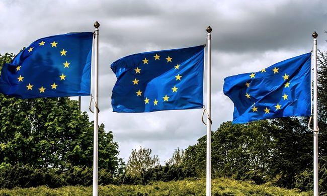 Őrült ötlettel állt elő az EU: országokat egyesítenének!