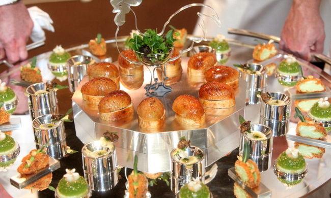Kaviár és bulihangulat Budapesten a világ legrangosabb szakácsversenyén