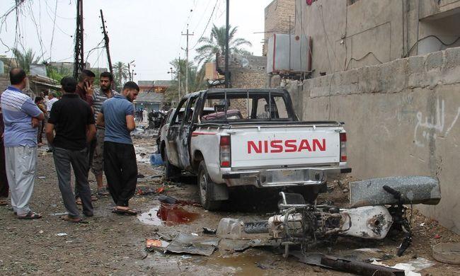 13 ember halt meg robbantásos merényletben