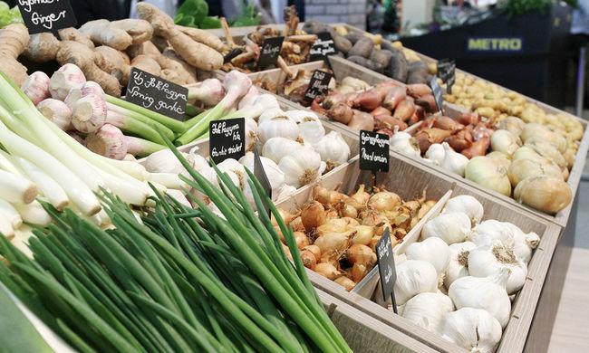 Több száz kiló zöldséggel és gyümölccsel bukott le a csongrádi férfi, emberi fogyasztásra alkalmatlan volt a termék