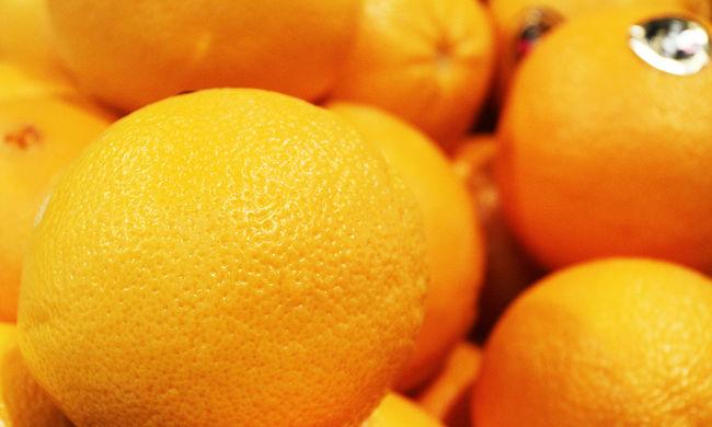 Közel 80 tonna gyümölcsöt foglalt le és adott el a NAV