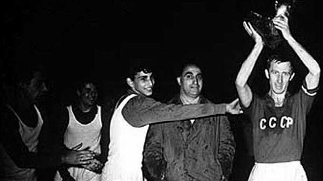 EURO 2016 sorozat: A franciák küzdelme a keleti blokkal - 1. rész (1960)