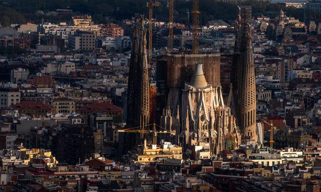 Bekeményít a turisták kedvenc városa, ellenáll a terroristáknak
