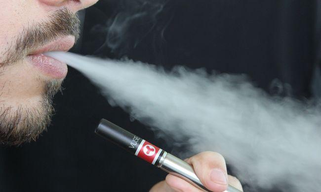 Szörnyű balesetbe halt bele a férfi: az agyába fúródott a felrobbanó e-cigaretta