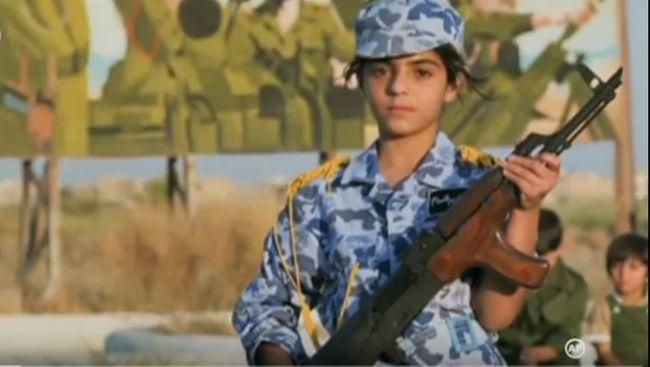 Több mint 11 ezer gyerekkatonát soroztak be, golyófogónak használják őket