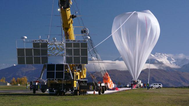 Óriásballonról figyelik a Földet