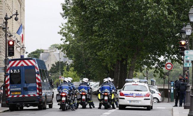 Ítéletet hirdetett a bíróság a párizsi terrorista ügyében, ez lesz Abdeslam sorsa