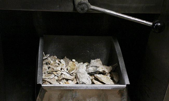 Túl zsíros volt a holttest, lángokba borította a krematóriumot