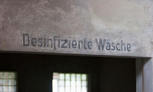 A holokauszt roma áldozataira emlékeznek a Nemzeti Színházban