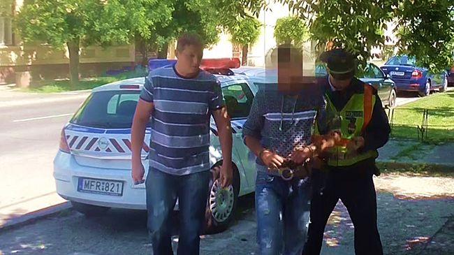 Vásárlók kapták el a dohánybolti rablót - videó