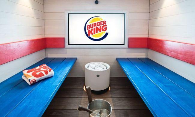 Rátámadt a Burger King személyzetére, a válaszra nem számított - videó